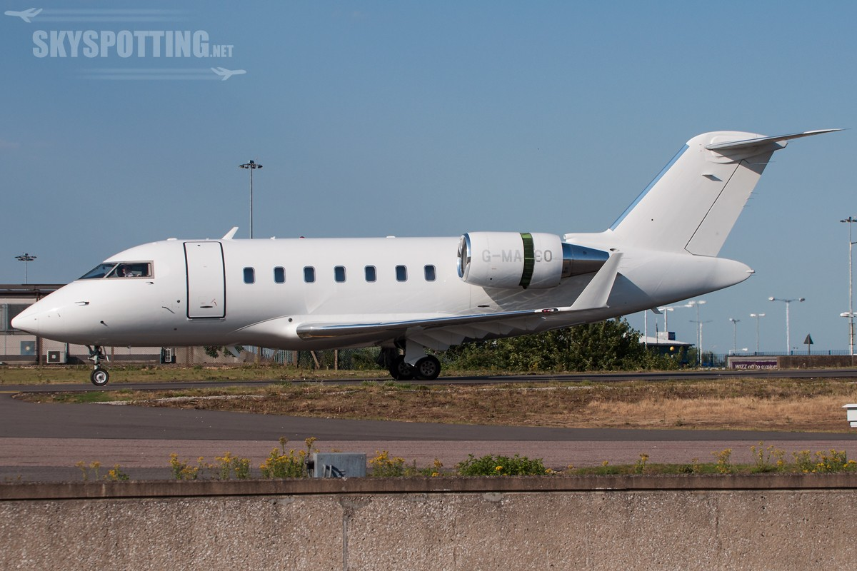 Bombardier-CL-600-2B16-Challenger-605-G-MACO