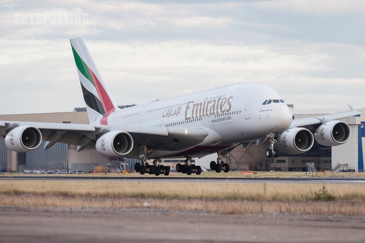 A380-Emirates-A6-EEI