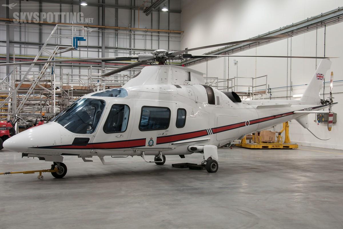 Agusta-A109E-Power-RAF-ZR322
