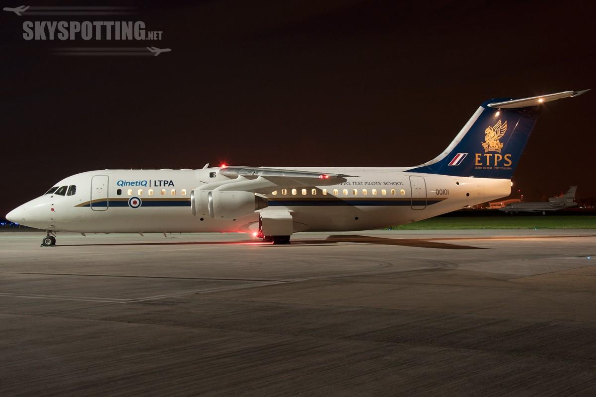 British-Aerospace-Avro-RJ100-RAF-QQ101-3