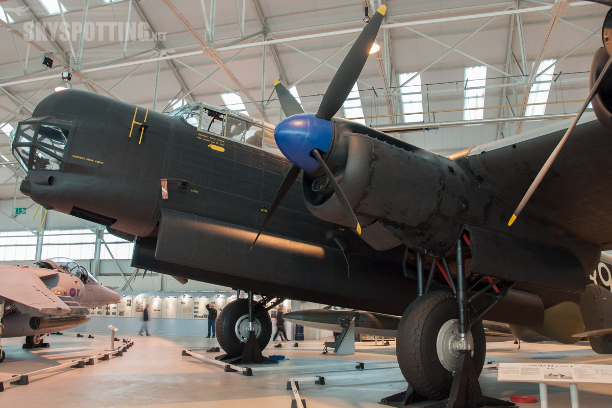 Avro-Lincoln-B2-RF398