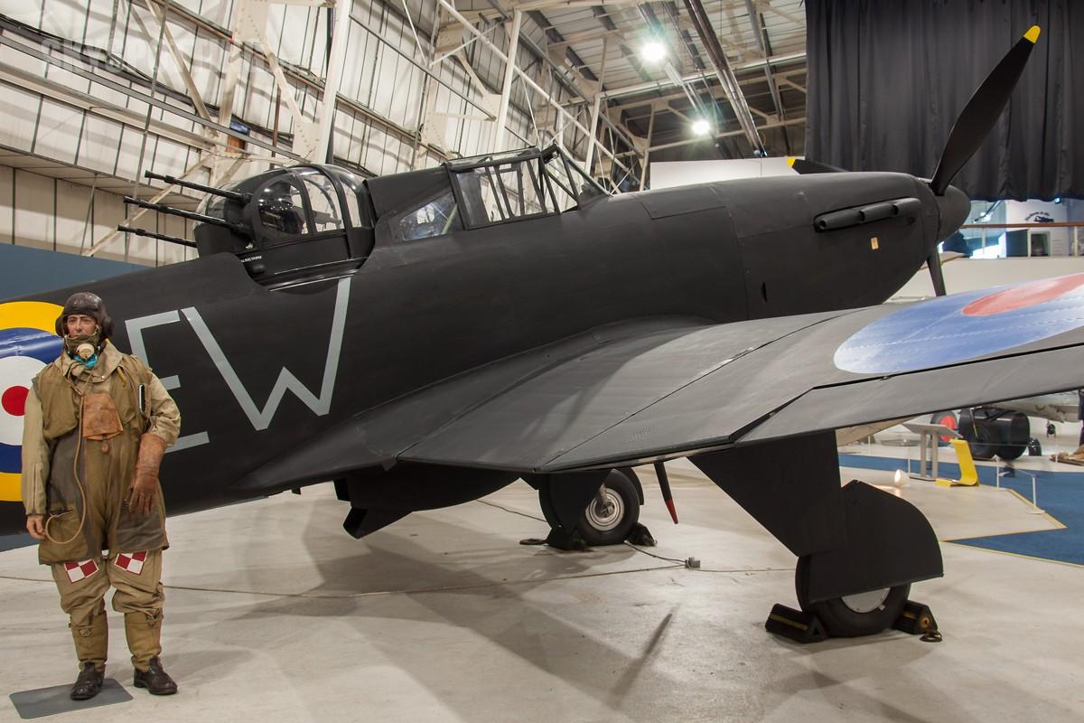 Boulton-Paul-Defiant-Mk1-N1671