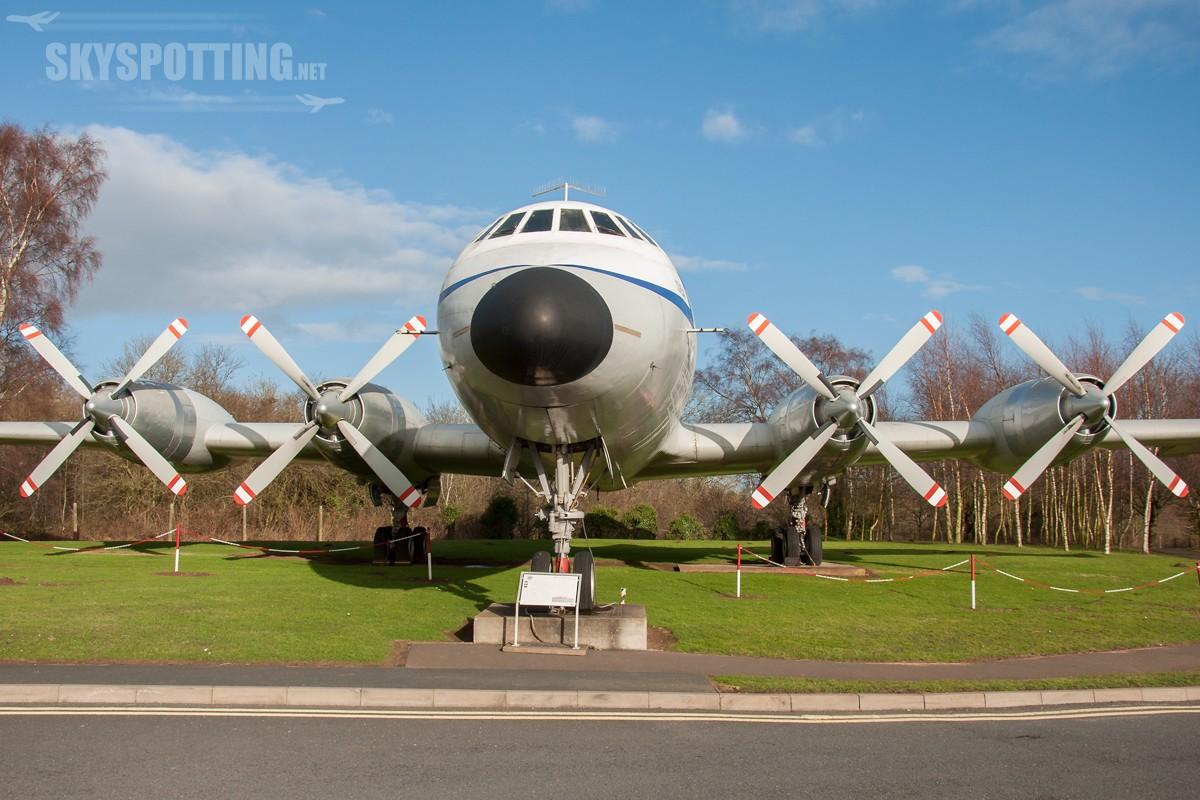 Bristol-Britannia-312-G-AOVF-2