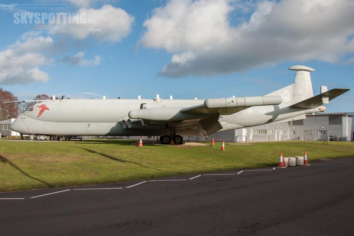 British-Aerospace-Nimrod-R1-RAF-XV249-3