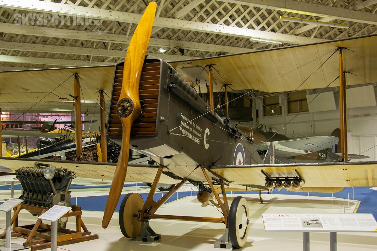 De-Havilland-DH9A-regF1010