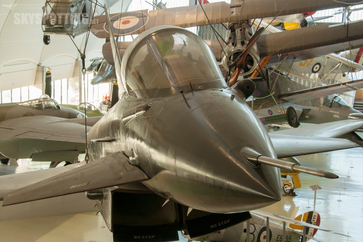 Eurofighter-Typhoon-ZH588