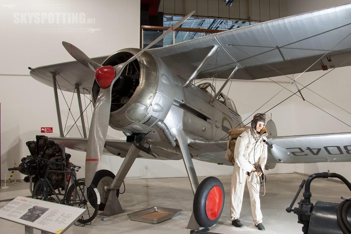 Gloster-Gladiator-1-K8042