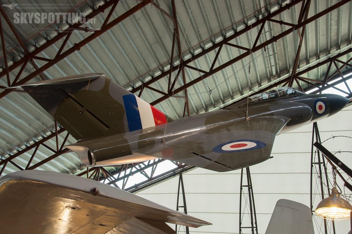 Gloster-Javelin-FAW1-XA564