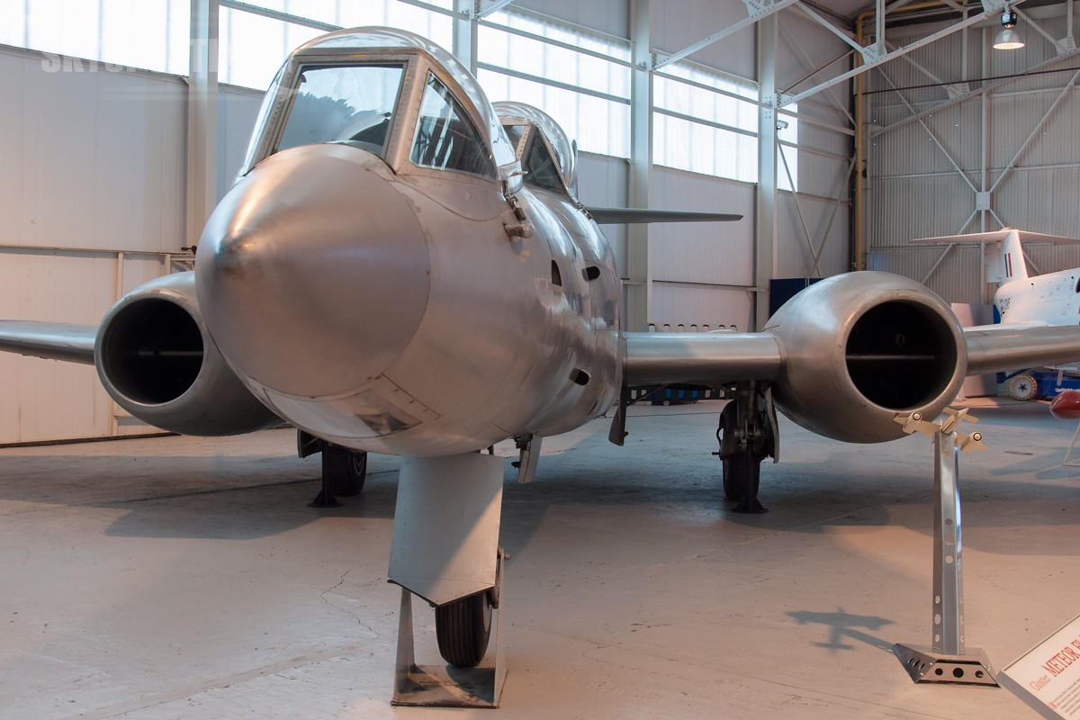 Gloster-Meteor-F8-Prone-Position-WK935