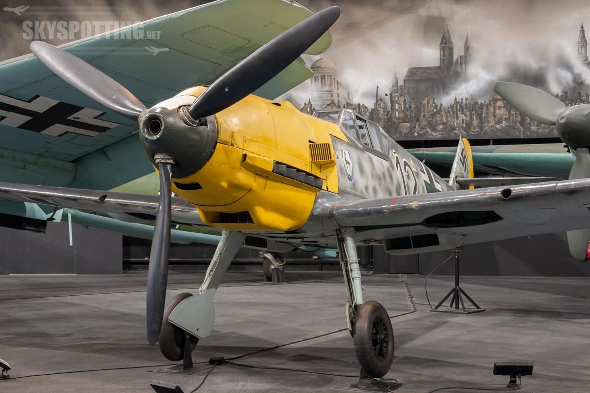 Messerschmitt-Bf-109E-3-4101_DG200