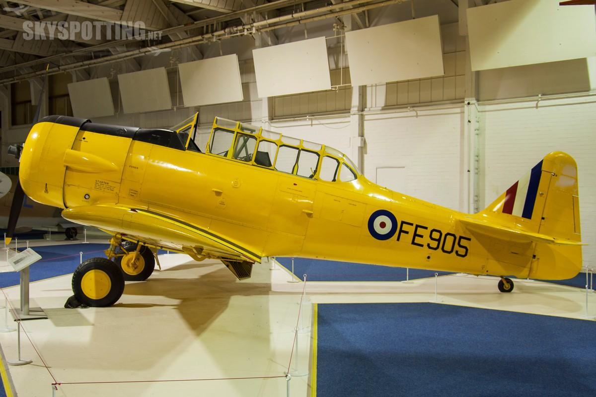 North-American-Harvard-IIB-FE905