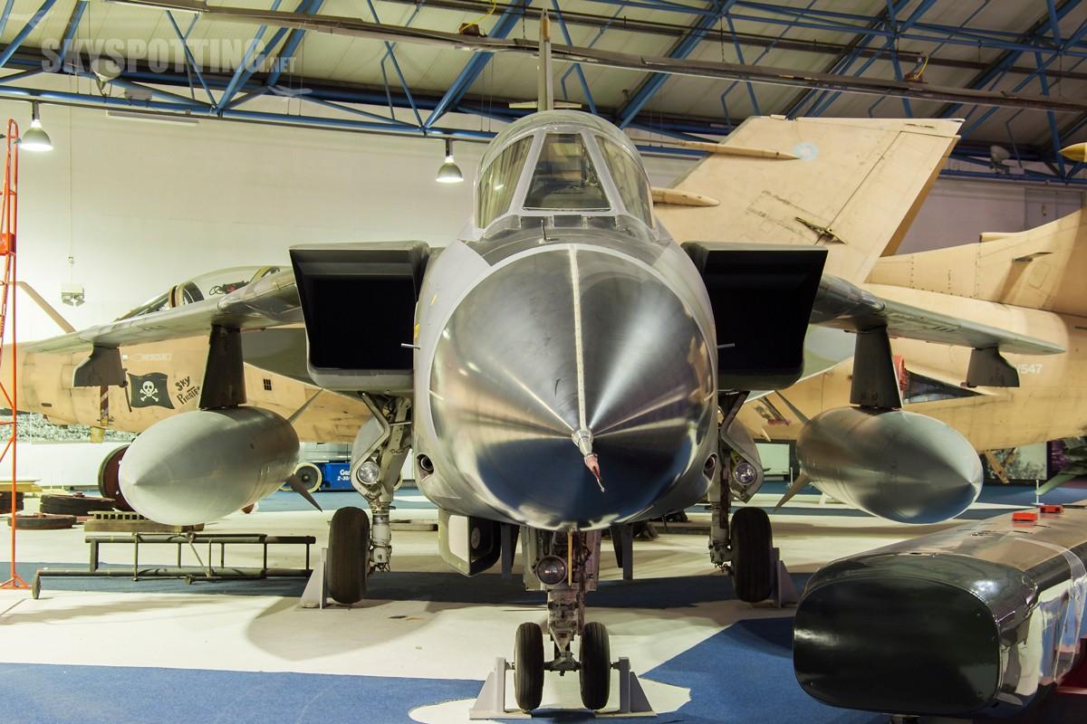Panavia-Tornado-GR1B-ZA457