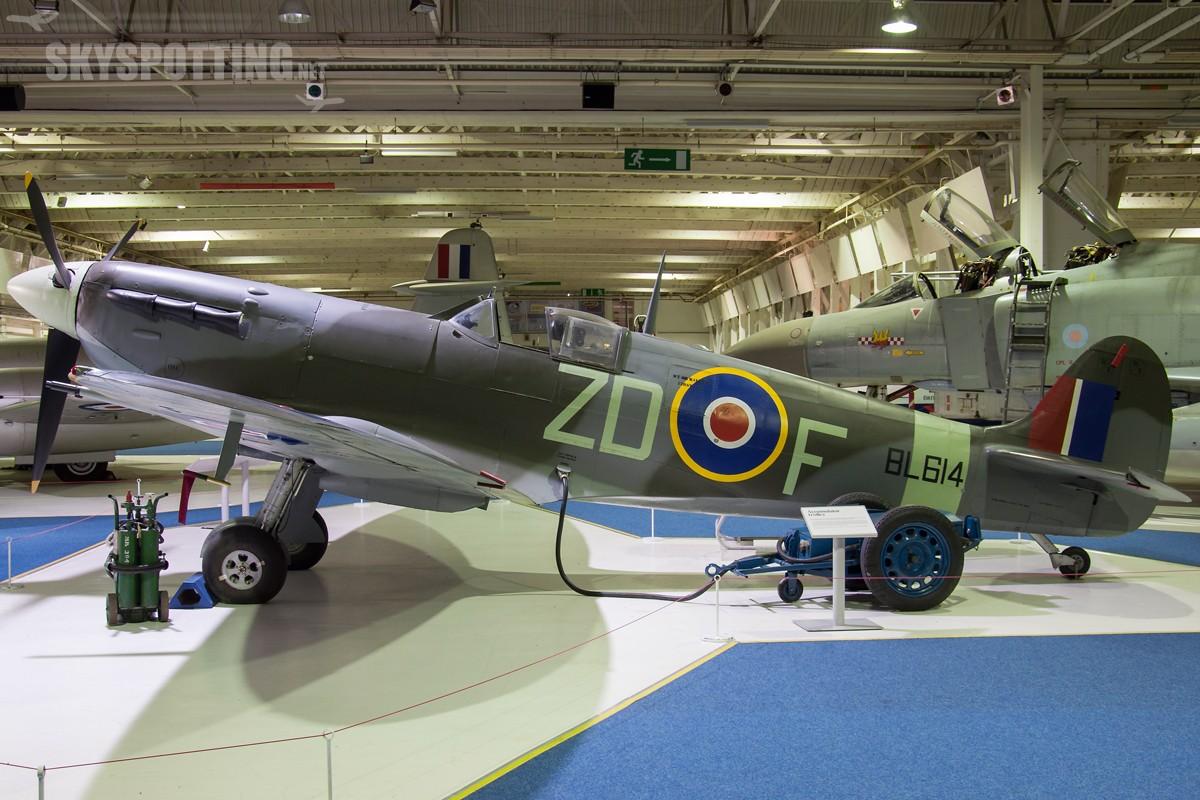 Supermarine-Spitfire-Vb-BL614