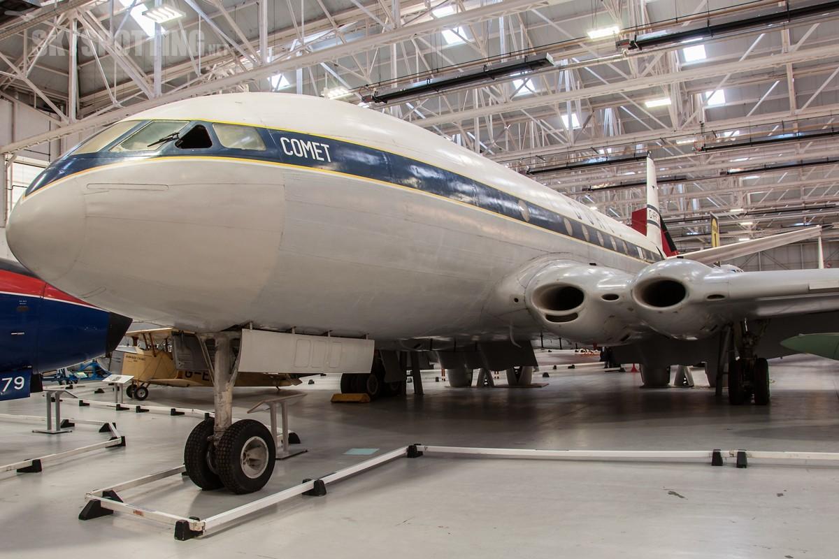 de-Havilland-Comet-1XB-G-APAS-2