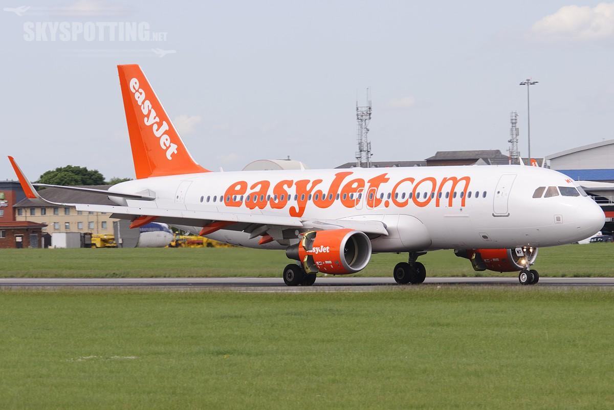 easyJet: Rekordowa liczba lotów na sprzedaż