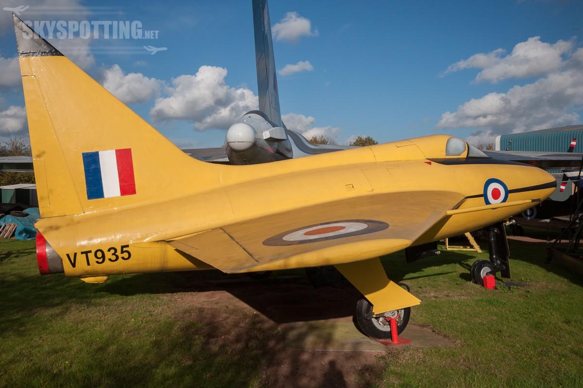 Boulton-Paul-P111A-VT935