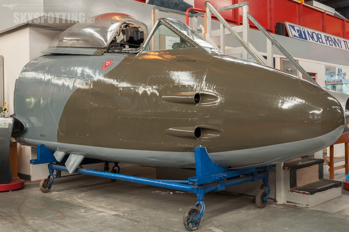 Gloster-Meteor-F8-VZ477