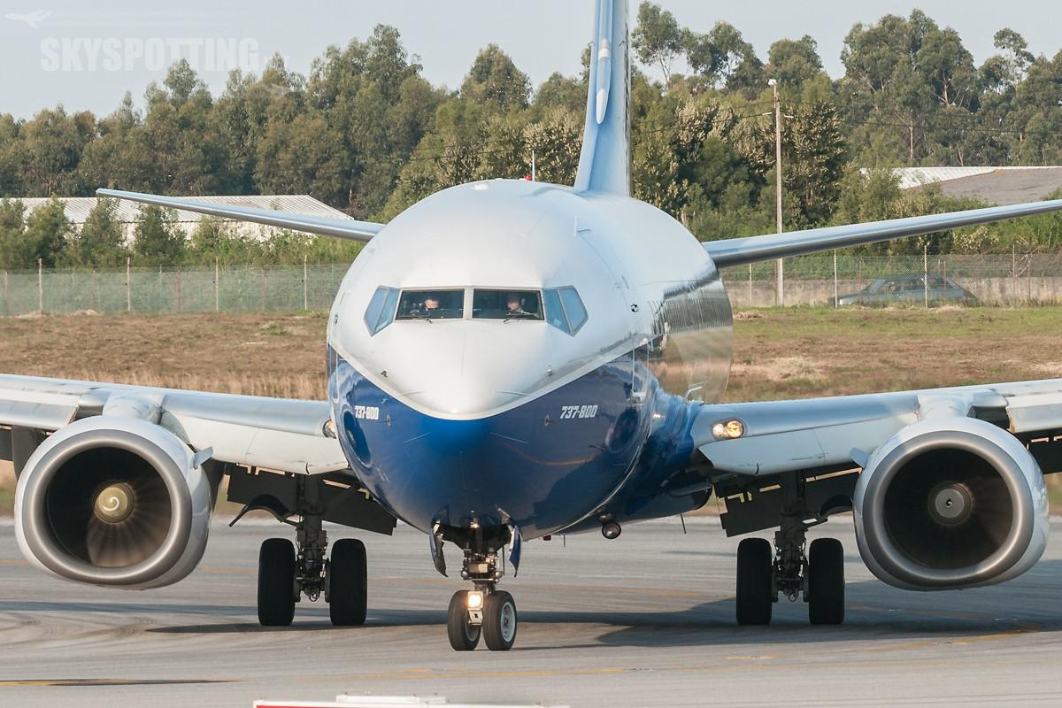 B737-Ryanair-EI-DCL-3