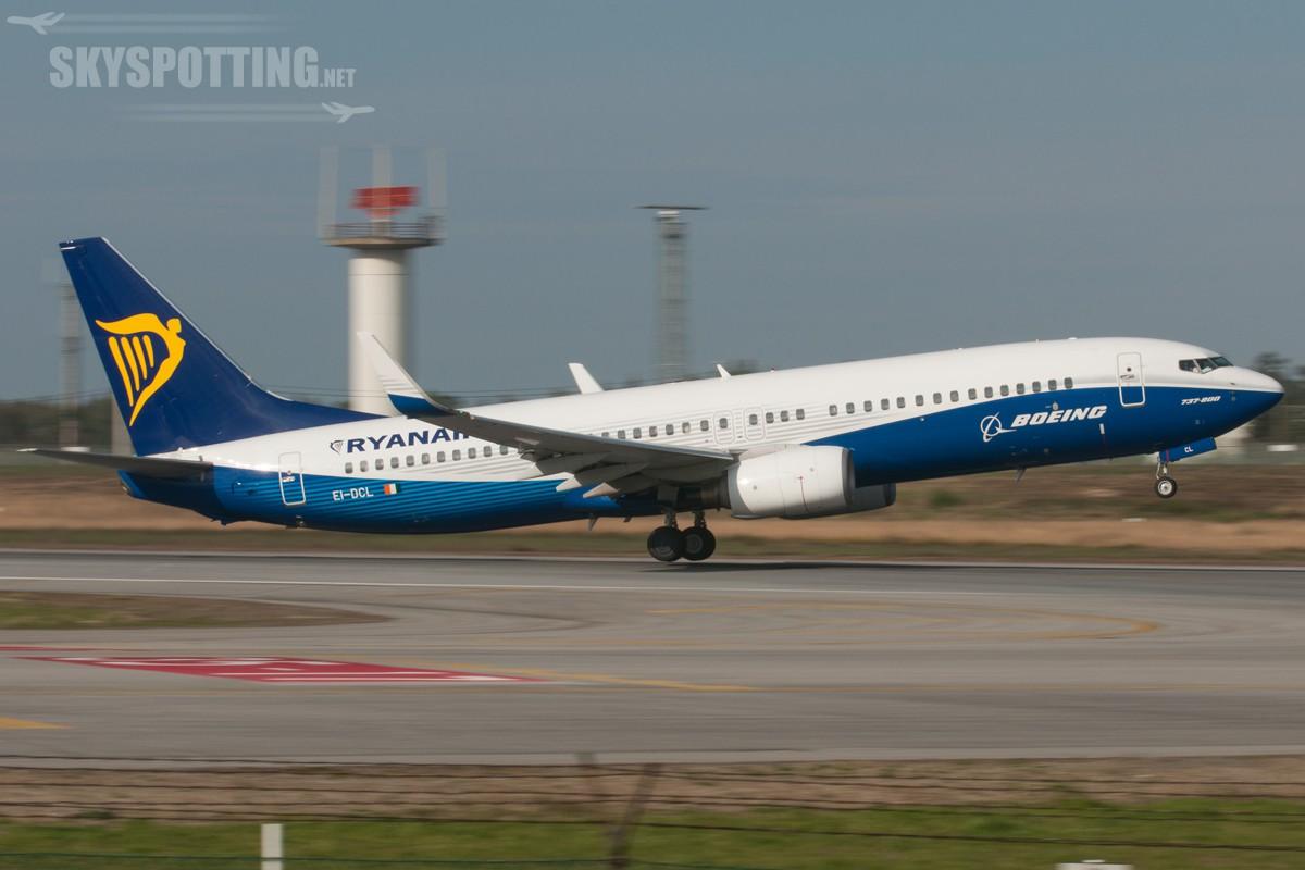 B737-Ryanair-EI-DCL-5
