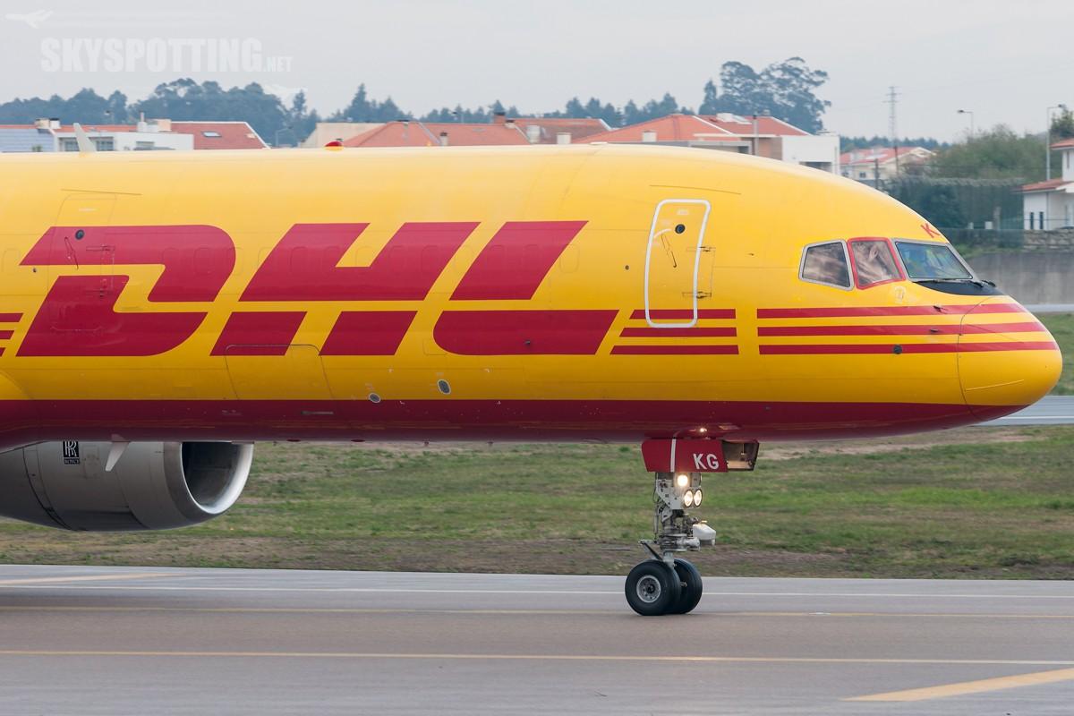 B757-DHL-G-BIKG-2