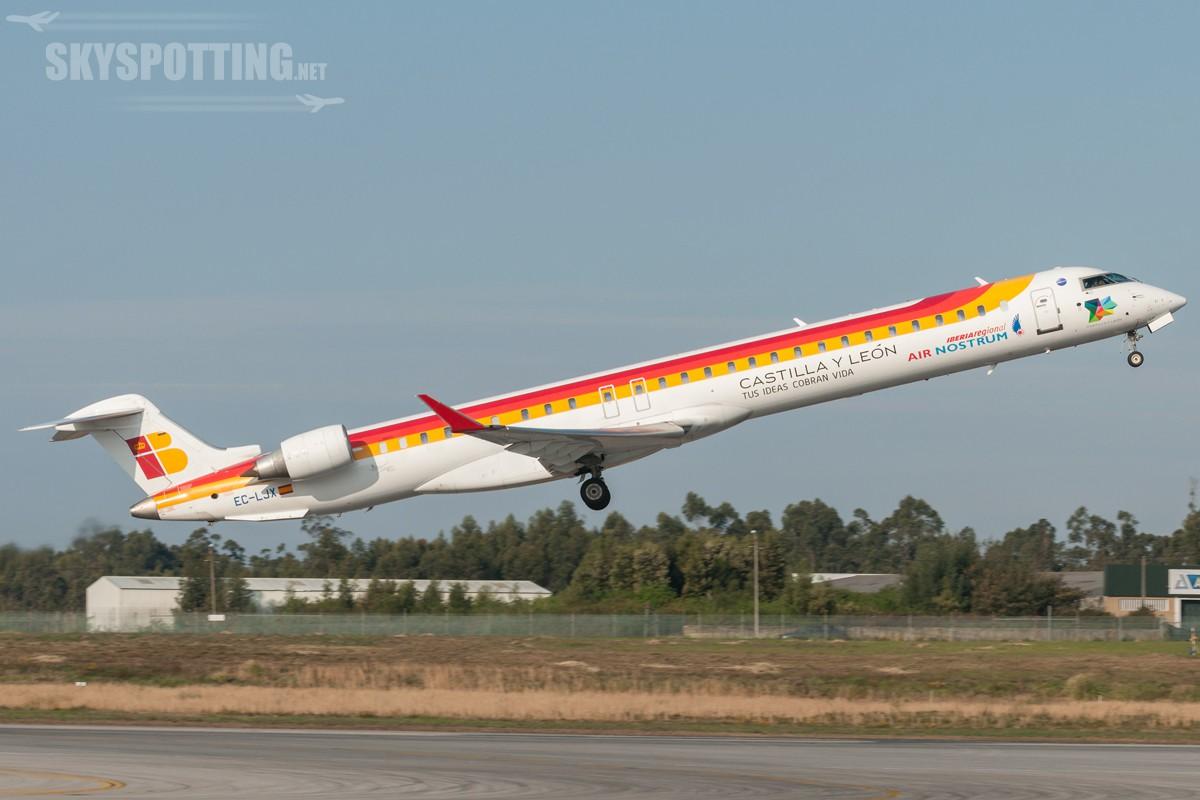 Bombardier-CRJ-1000-Air-Nostrum-EC-LJX