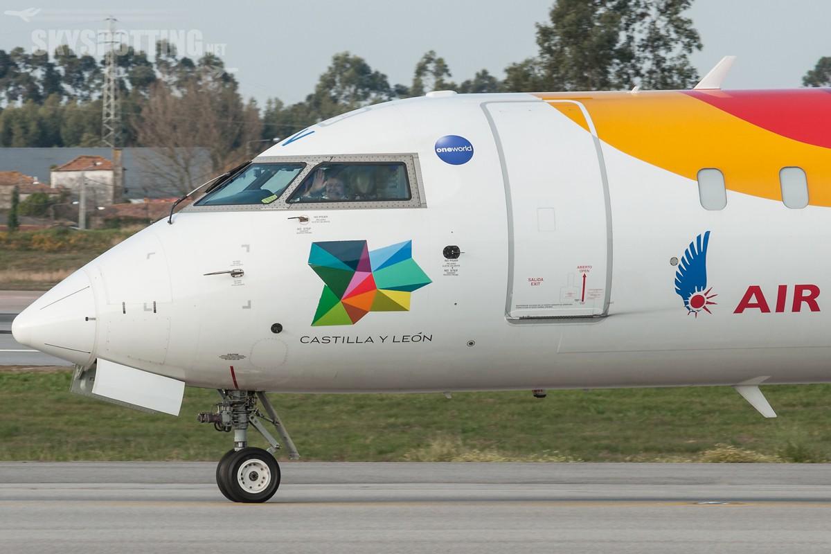 Canadair-CL-600-2E25-AirNostrum-EC-LOV-3