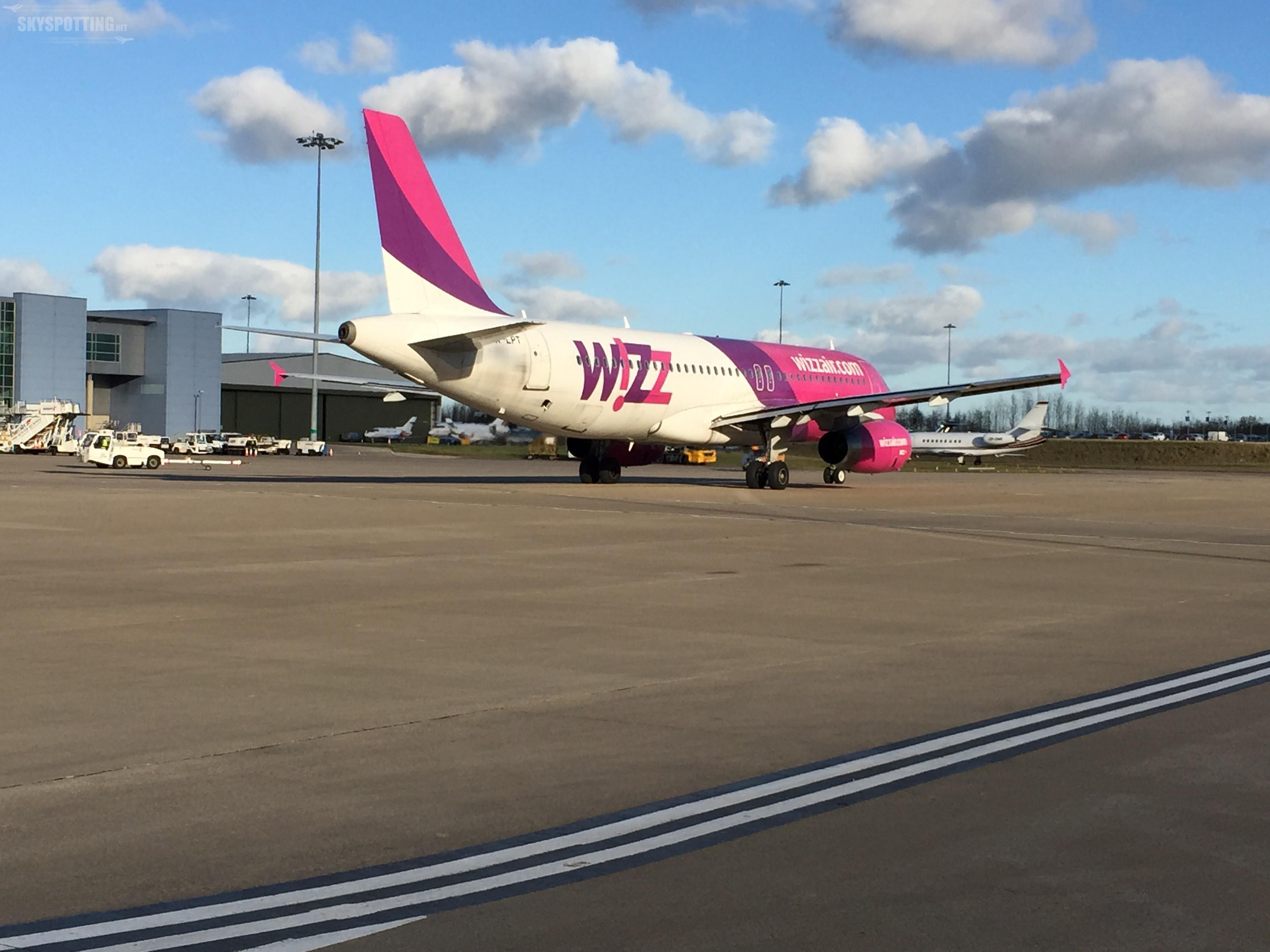 Wizz Air: Połączenia z lotniska Chopina do Genewy i Bazylei