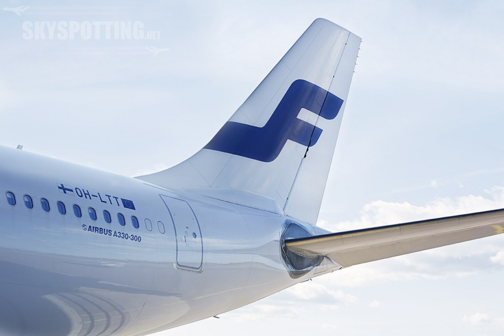 Finnair airbus tail 01 low