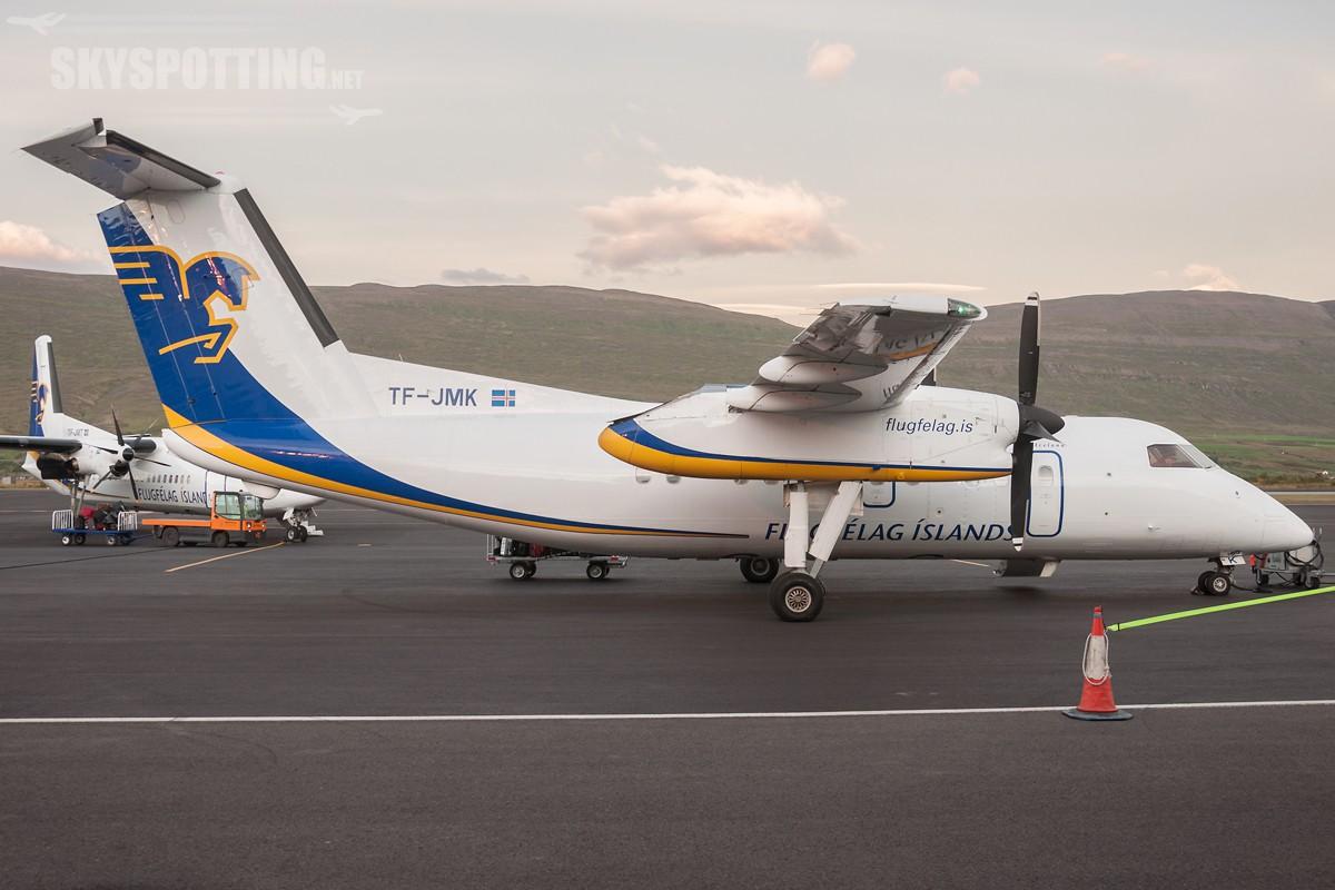 Dash-8-200-TF-JMK