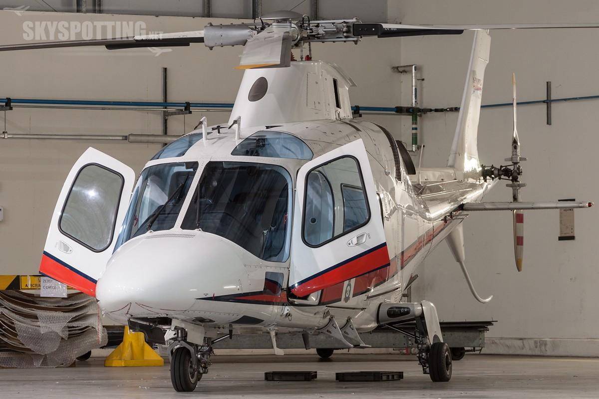 Agusta-A109E-Power-ZR322