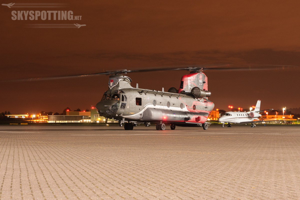 Boeing-Chinook-HC4-RAF-ZA712-4