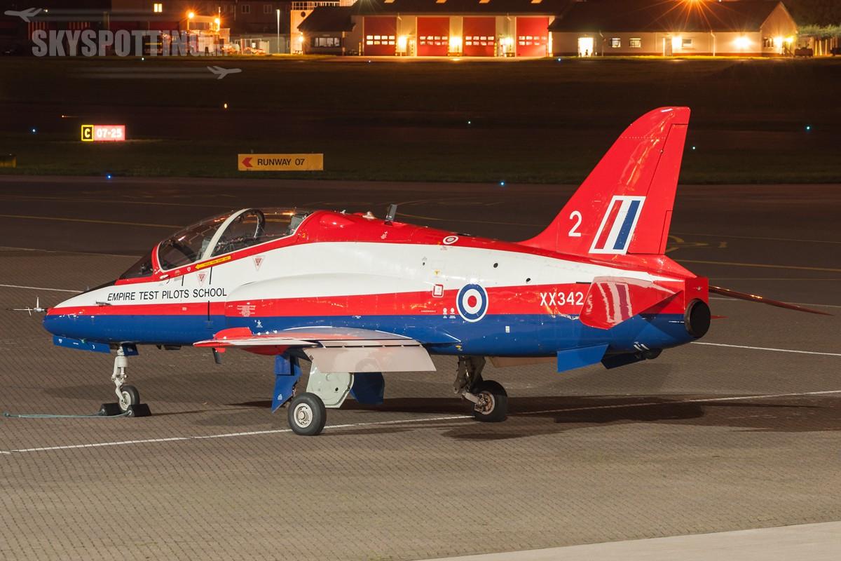 British-Aerospace-Hawk-T1-XX342-3