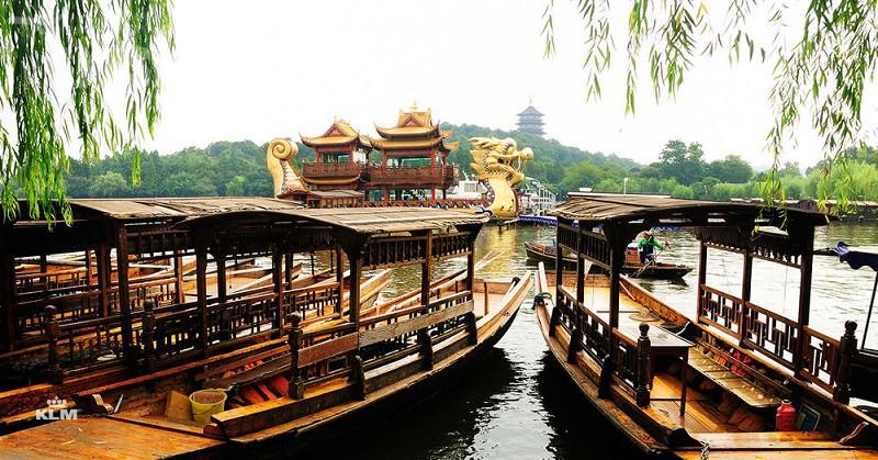 Świetne okazje do odwiedzenia odległych zakątków USA, Kanady i Azji