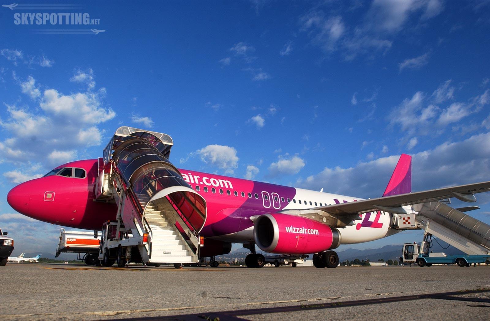 """Wizz Air uruchomił trasę z Gdańska do """"stolicy Alp"""""""