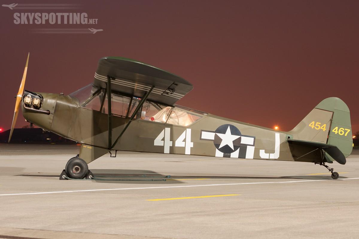 Piper-J-3C-65-Cub-G-BILI