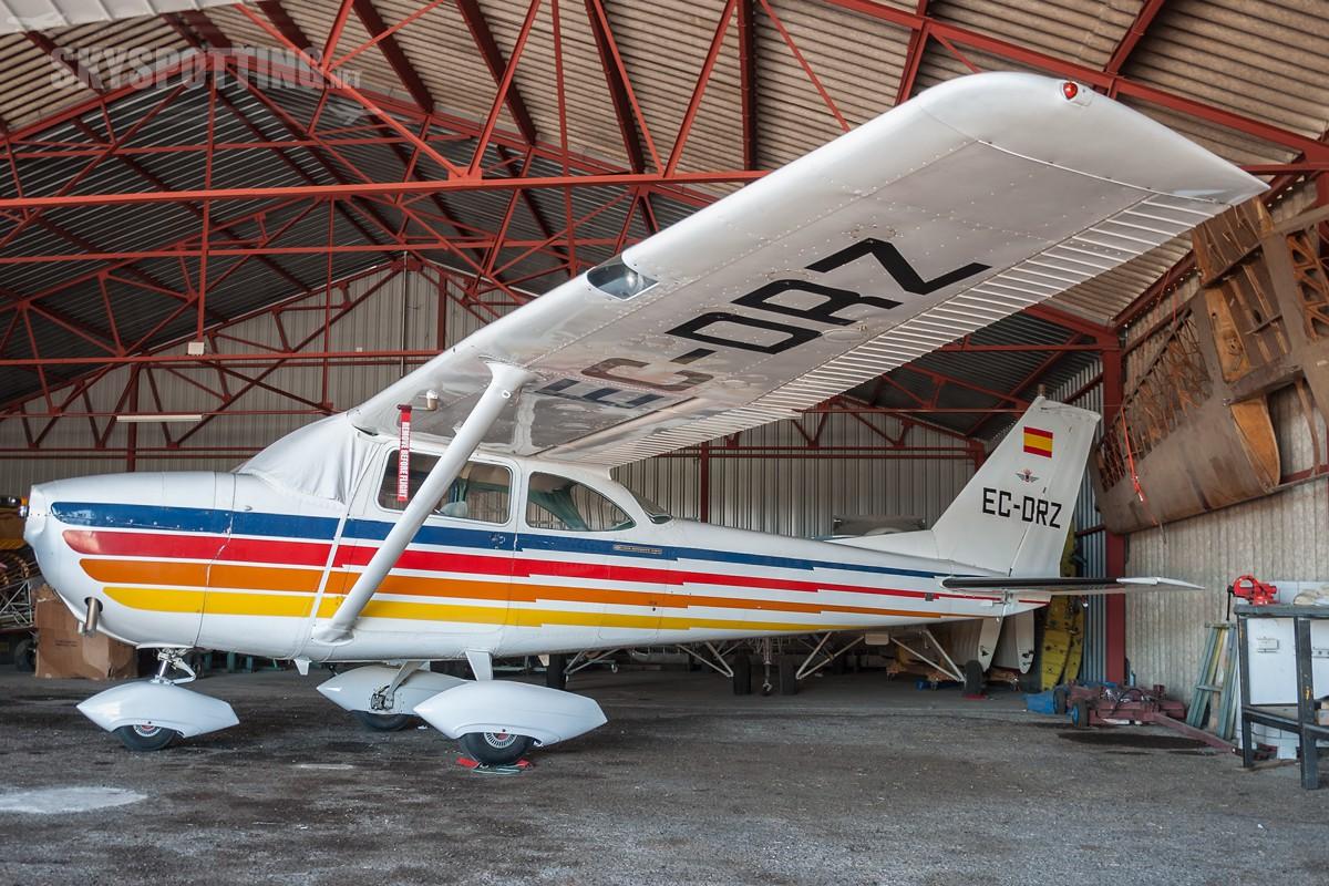 reims-cessna-f172h-skyhawk-ec-drz