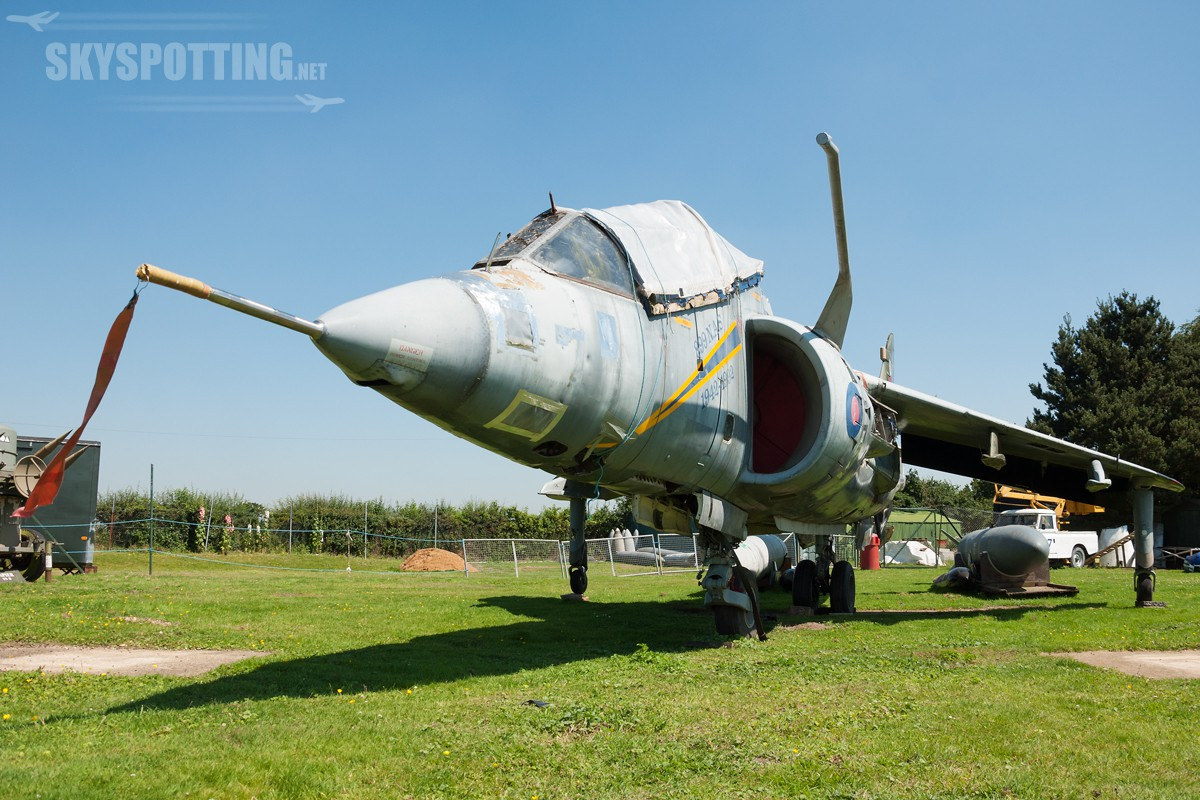bae-harrier-t4n-xw268
