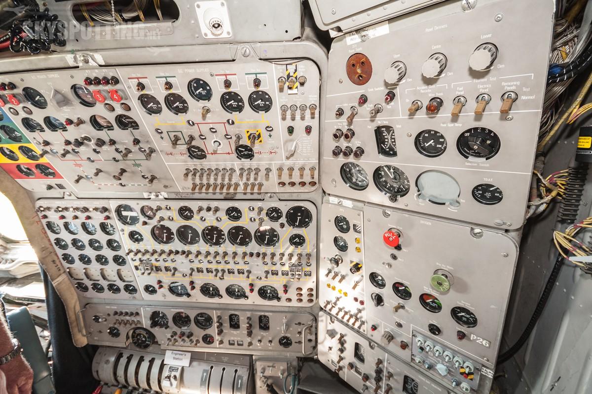 british-aerospace-nimrod-mr2-raf-xv255-011