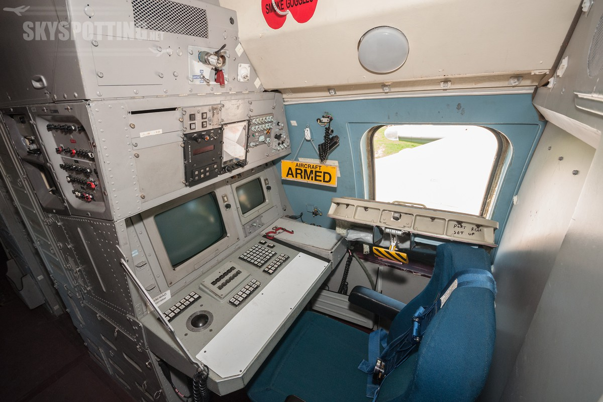 british-aerospace-nimrod-mr2-raf-xv255-04