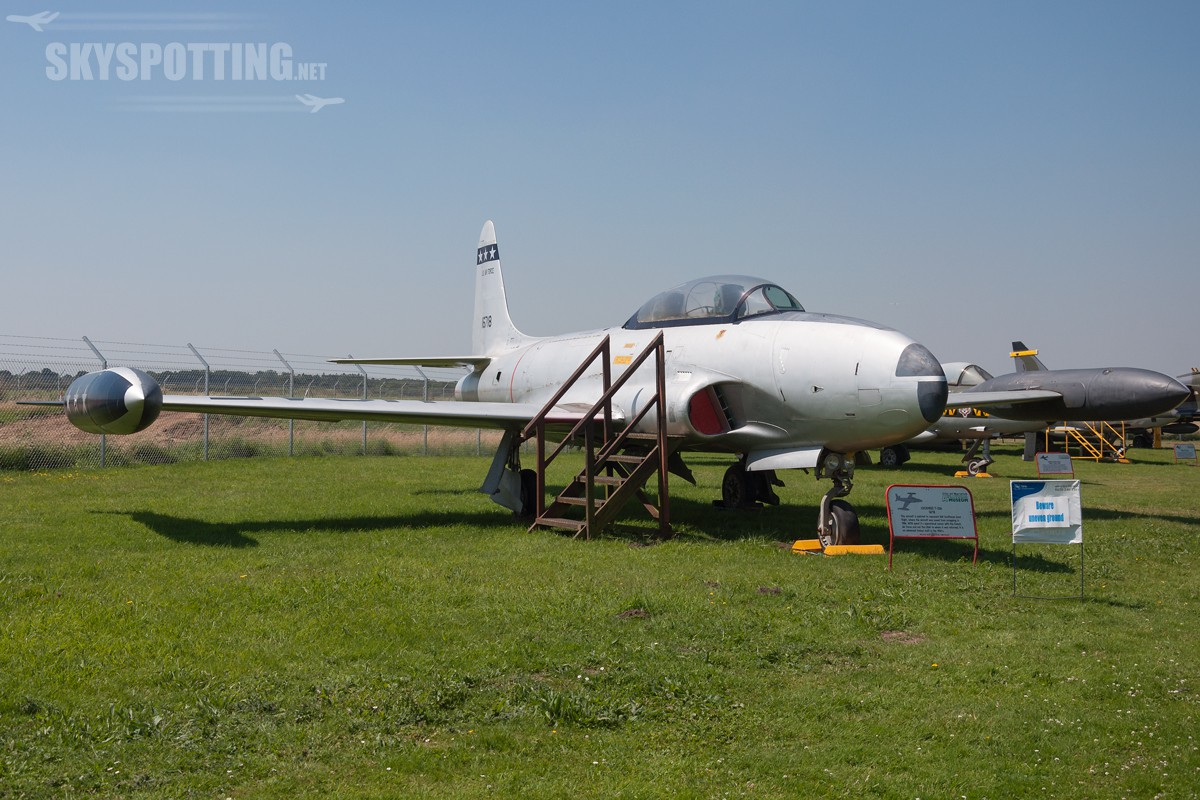 lockheed-t-33a-shooting-star-usaf-51-6718-2