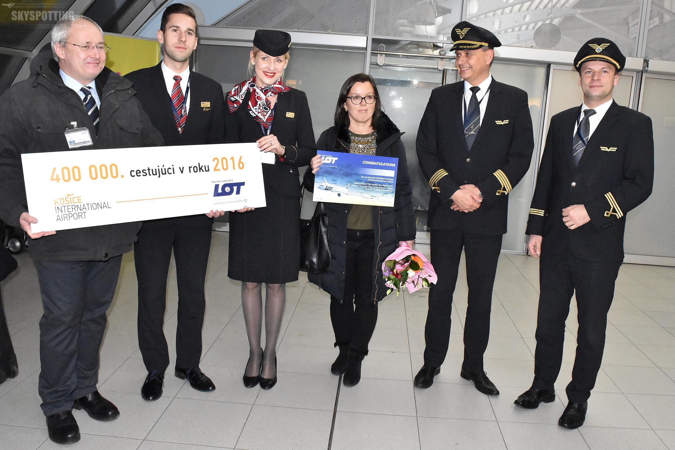 Koszyce powitały 400 000 pasażera, który przyleciał na pokładzie samolotu LOT