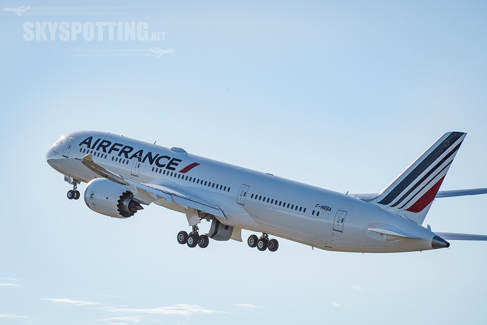 dreamliner-air-france-w-locie