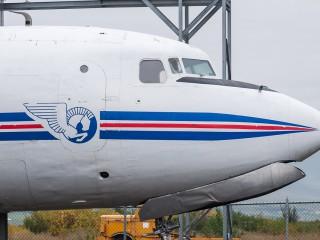Douglas-DC-6A-Liftmaster-TF-IUB