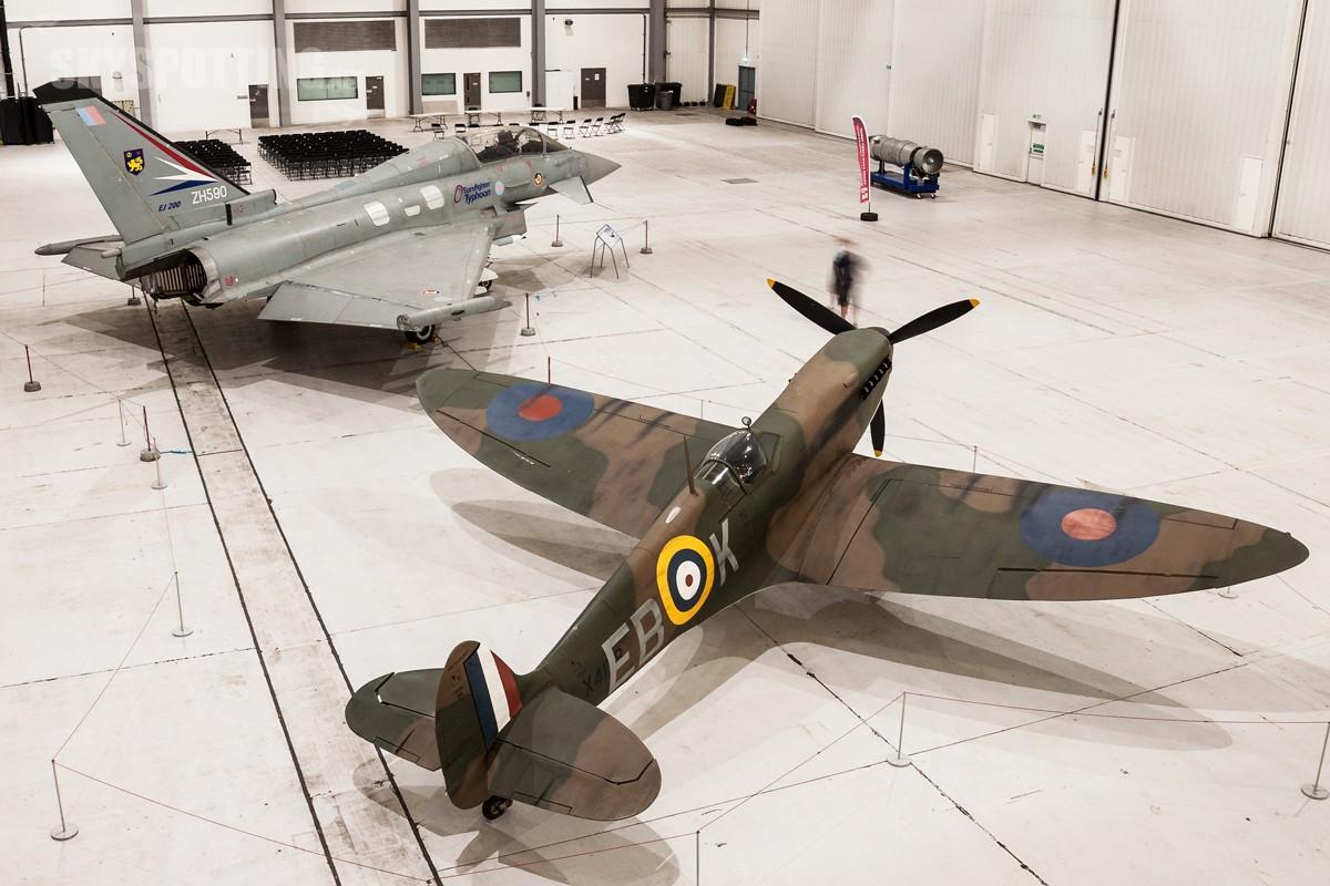Supermarine-Spitfire-Replica-X4178