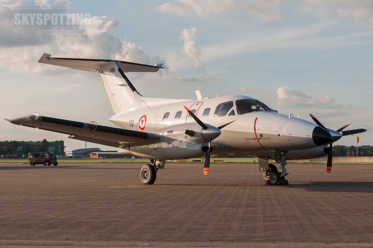 Embraer-EMB-121AA-Xingu-French-105-0