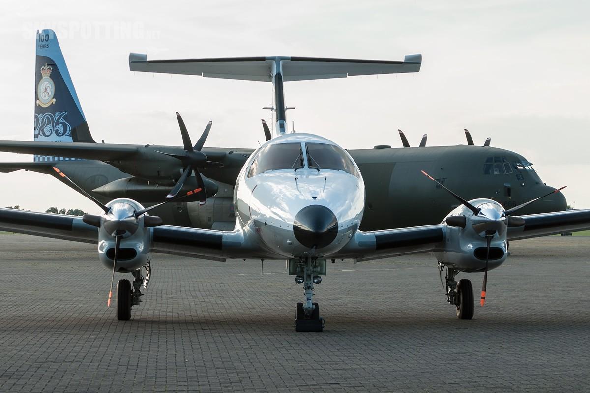 Embraer-EMB-121AA-Xingu-French-105-1