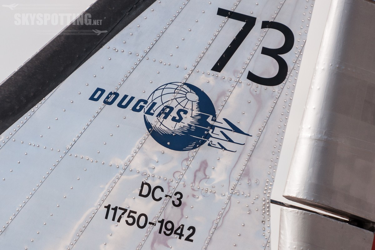 Douglas-DC-3-Dakota-Norway-LN-WND-3