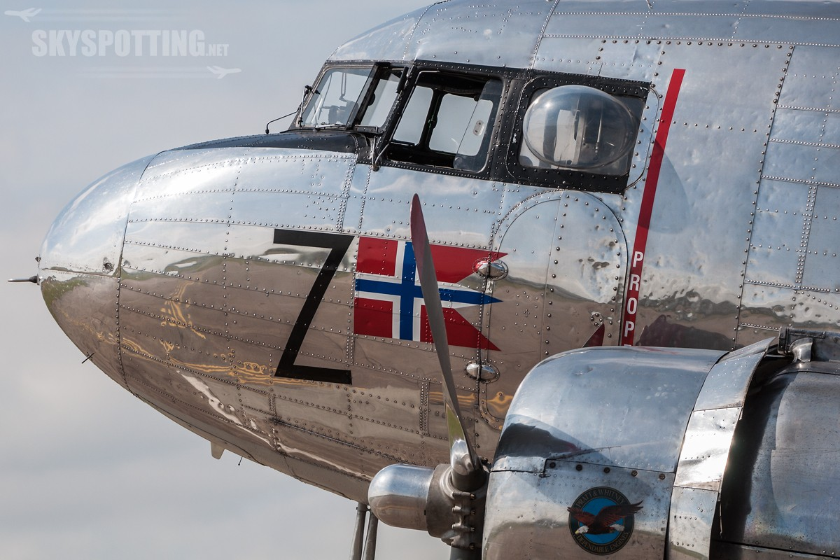 Douglas-DC-3-Dakota-Norway-LN-WND-6