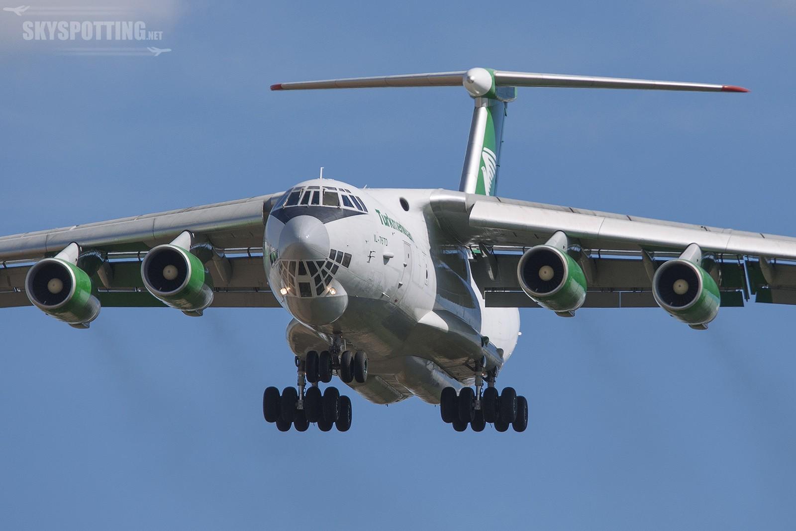 Turkmenistan Airlines – Ilyushin IL-76TD