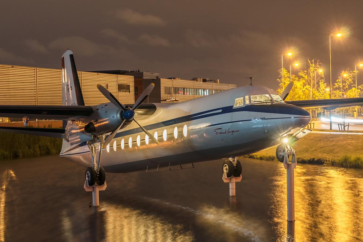 Śladami pomników lotniczych, część 14 – Fokker F27-500, Schiphol, Netherlands